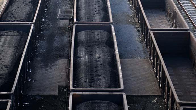 国铁太原局10月已运煤2200余万吨,全力保障温暖过冬