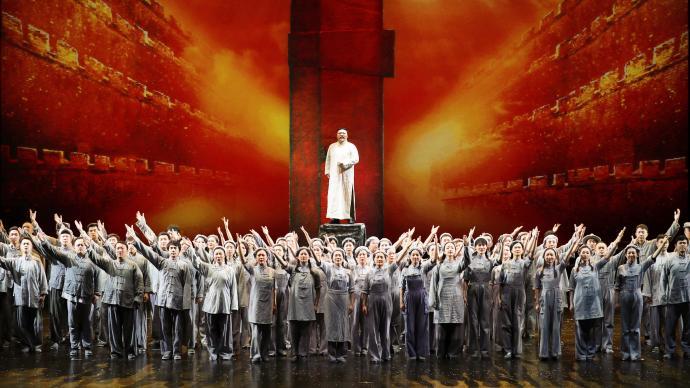 200余人组团赴潍坊,上海歌剧院《晨钟》登陆中国歌剧节