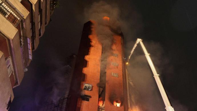 台湾?高雄大楼火灾已确认身份的死者中有3名大陆配偶遇难