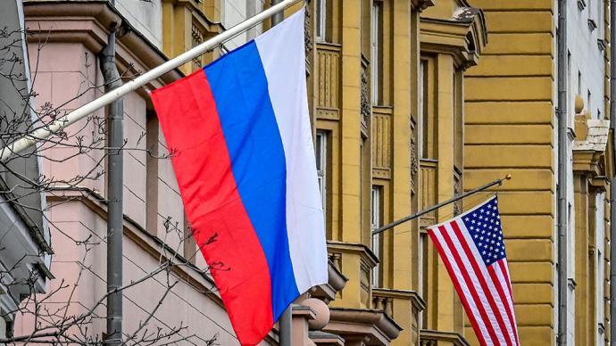 俄联邦委员会主席:俄美关系的确有障碍,但将逐步达成协议