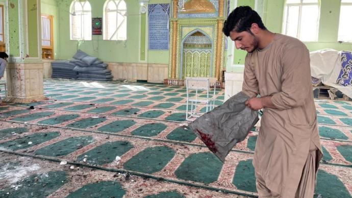 早安·世界|阿富汗坎大哈清真寺爆炸已致至少32死53伤