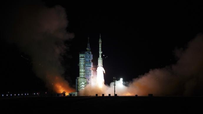 长二F火箭总设计师容易:一年两送航天员入驻空间站将成常态