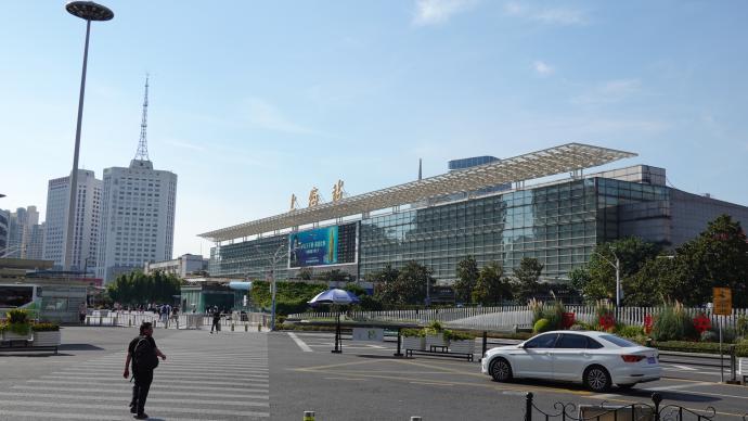 苏州河·街区观察|上海火车站:从交通节点向城市场所转变