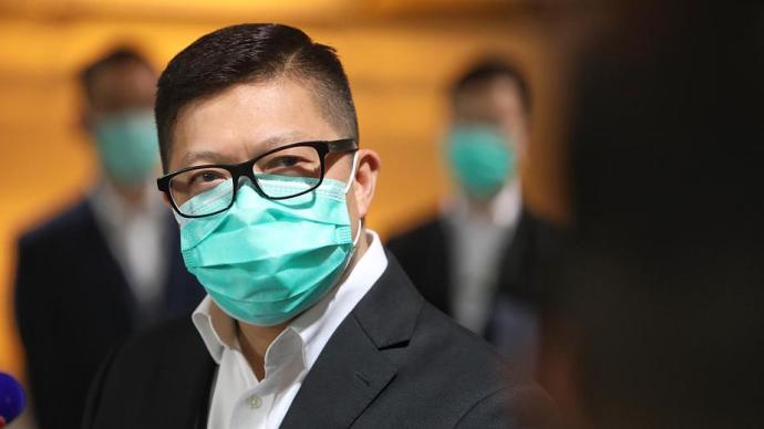 邓炳强:有外籍情报人员去黎智英报馆工作,提倡立法设间谍罪