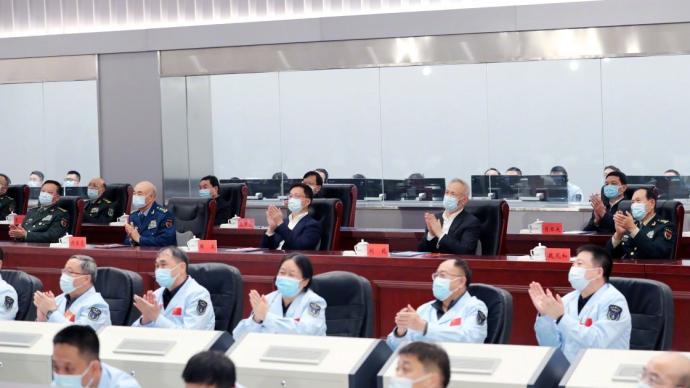 神舟十三号载人飞船发射成功,韩正在北京观看发射实况