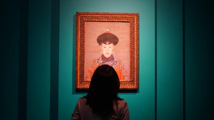 从郎世宁油画、西洋钟表看清代中西方文明的互动