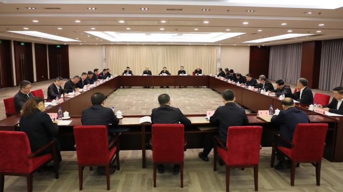 """国资委:水电核电企业要""""度电必争""""、多发满发"""
