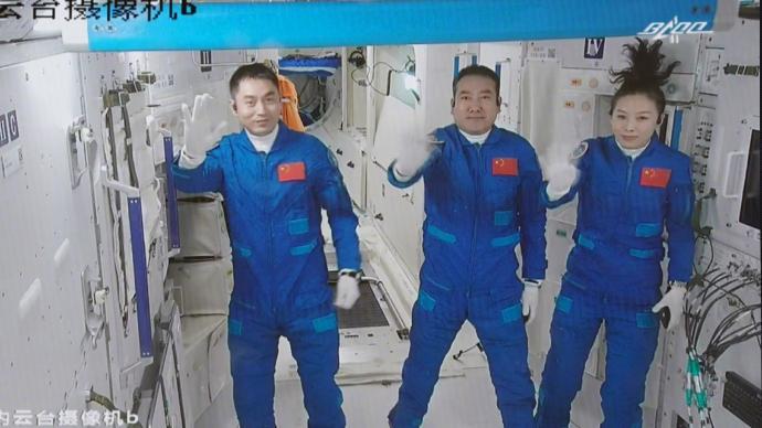 """""""太空出差""""任务都有啥?三人组又有怎样的""""约定""""?"""