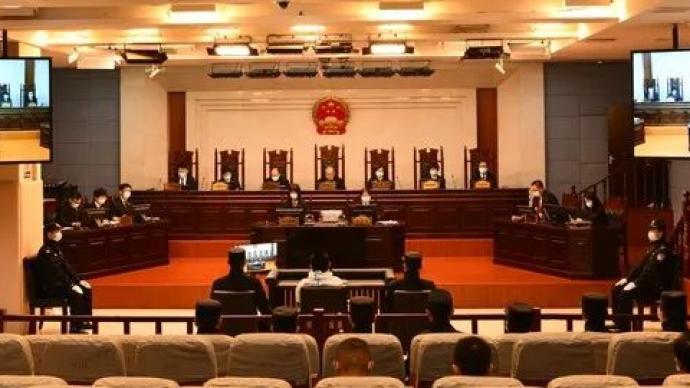 安徽安庆男子持刀行凶致7人死亡13人伤案开庭,将择期宣判