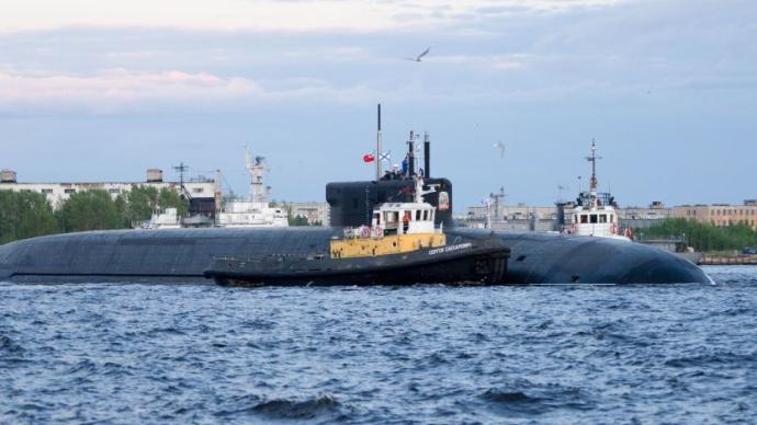 """俄""""奥列格大公""""号核潜艇完成""""布拉瓦""""导弹发射试验"""