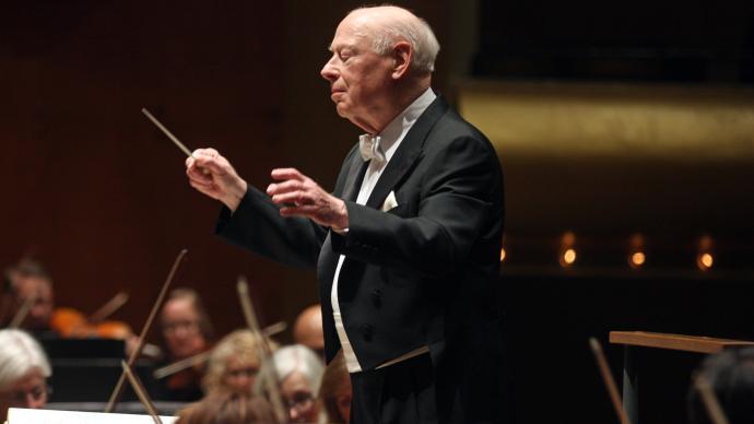 著名指挥家伯纳德·海丁克去世,享年92岁