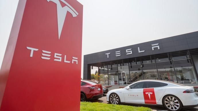特斯拉全球标准续航车型计划改用磷酸铁锂电池