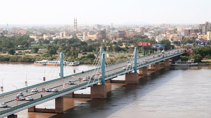 外媒:苏丹主权委员会主席宣布实施紧急状态