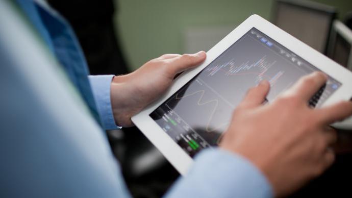 """证券时报:新股破发""""接二连三"""" 市场化博弈有望持续改善"""