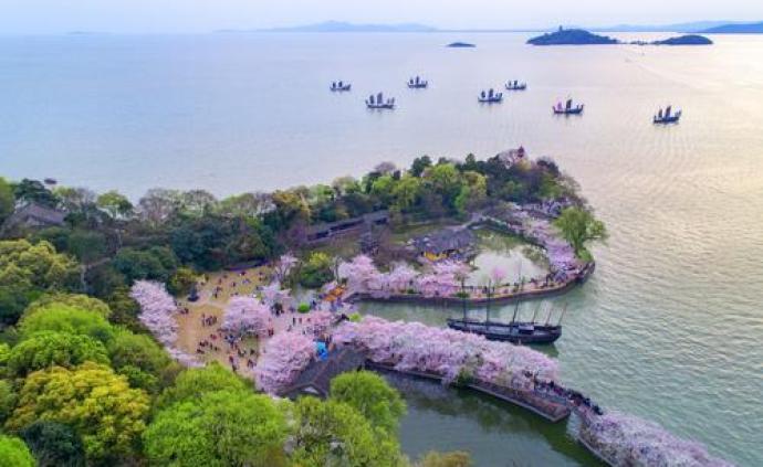 超过300家知名景区恢复开放,游客须做好防护不要聚集扎堆