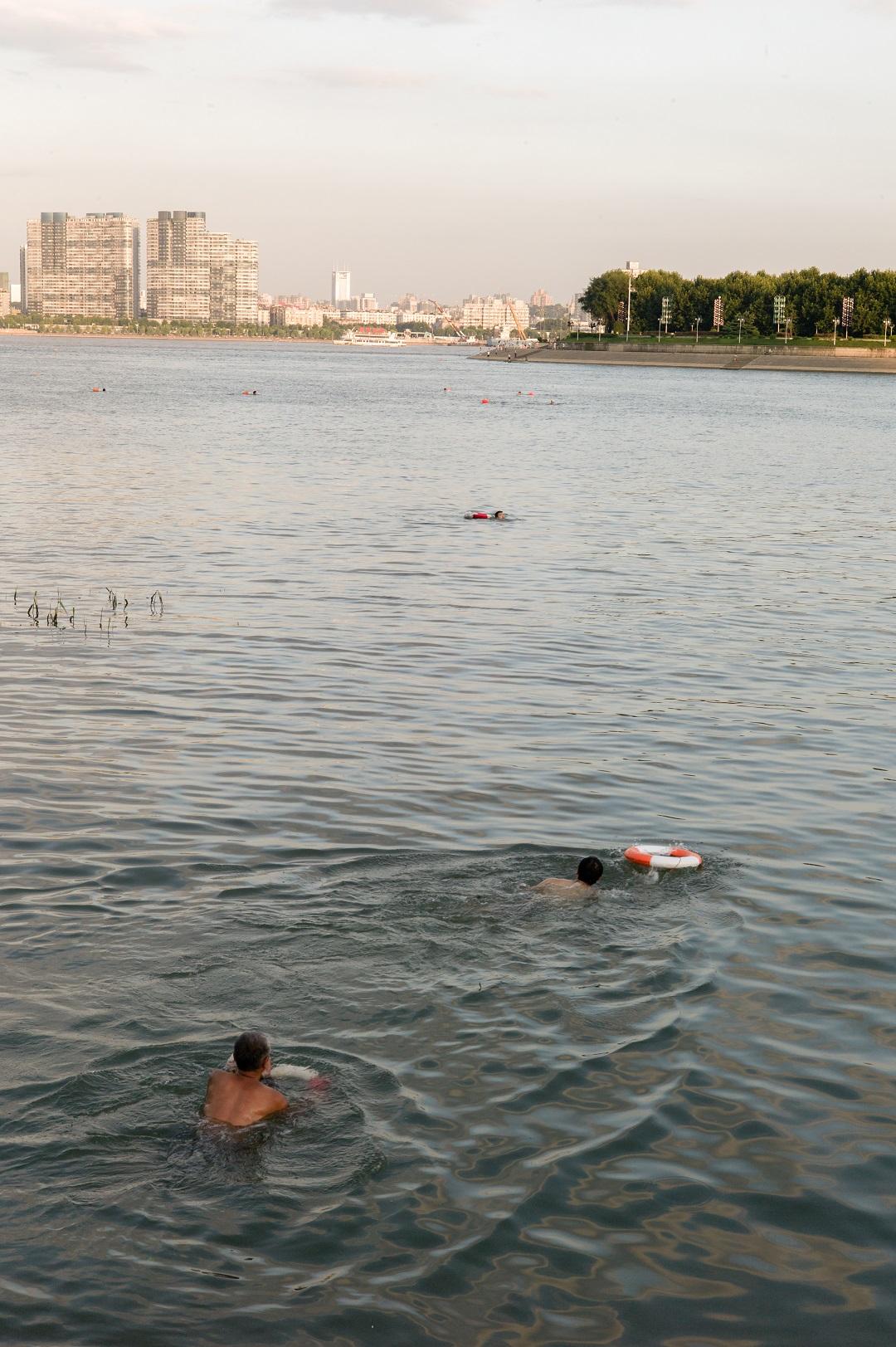 2015年,谌毅拍摄于汉江口。