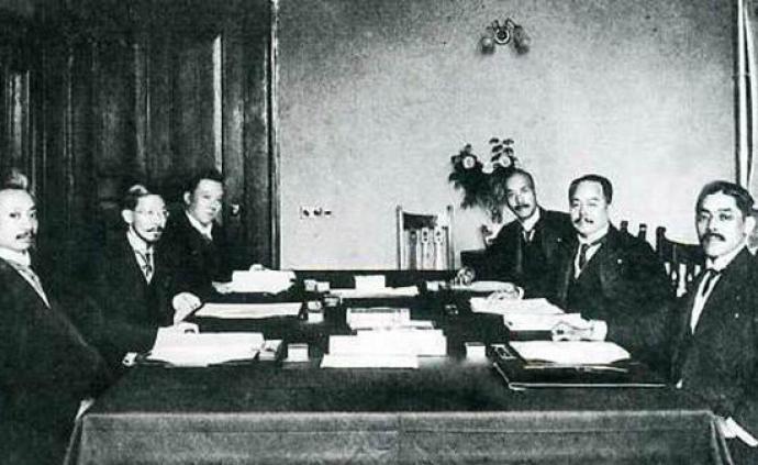 """從""""以日為師""""到""""反日"""":民國時期國人對日本態度的轉變"""