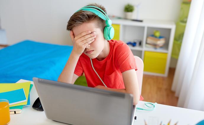 心理問答| 孩子上網課不好好學,父母很焦慮怎么辦