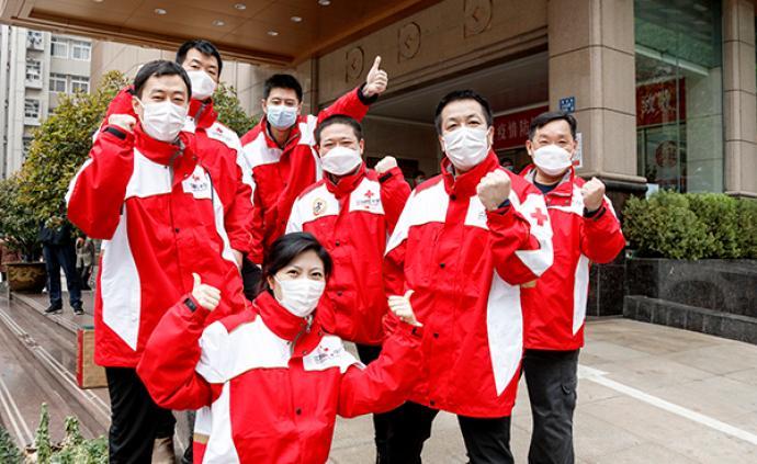 支援武汉的江苏红会工作组负责人:一枚口罩、一分钱都要登记