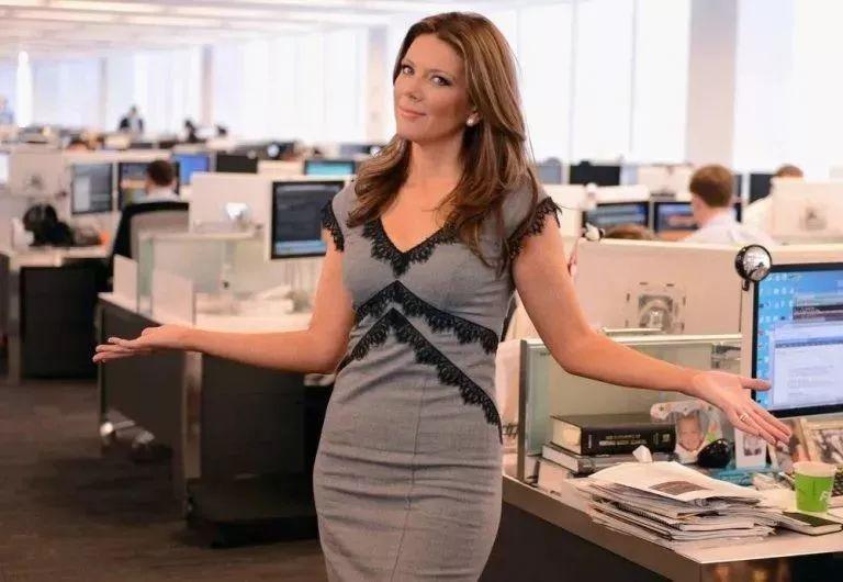 美国福克斯商业频道宣布与主播翠西·里根解约