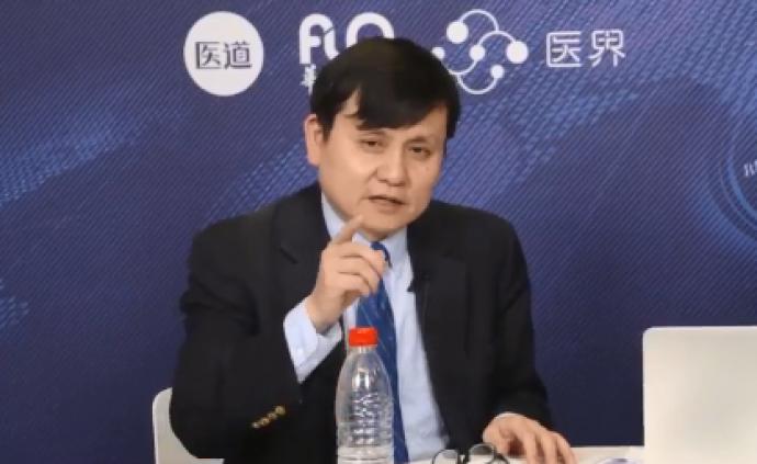 張文宏:目前,很難預測國際疫情到底什么時候會結束