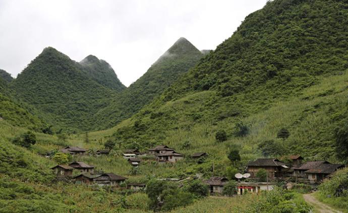 13名外籍人員曾沿山脈攀爬非法入境廣西,已被依法遣返