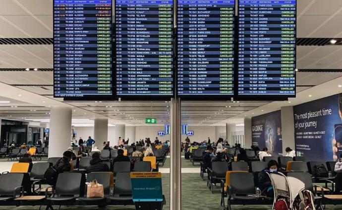 非洲疫線|烏干達閉關前24小時,我趕上最后的航班