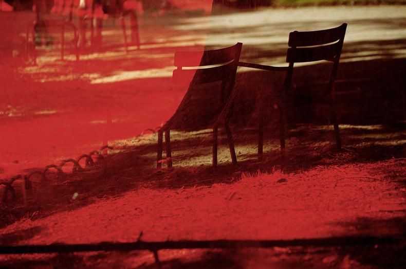 《卢森堡》,让·鲍德里亚摄影作品,图片来源:上海当代艺术博物馆官网