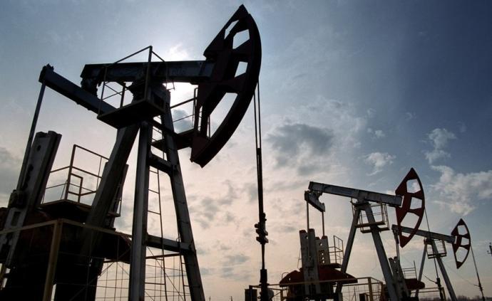 """特朗普:沙特和俄羅斯在原油問題上""""都瘋了"""",將與普京通話"""