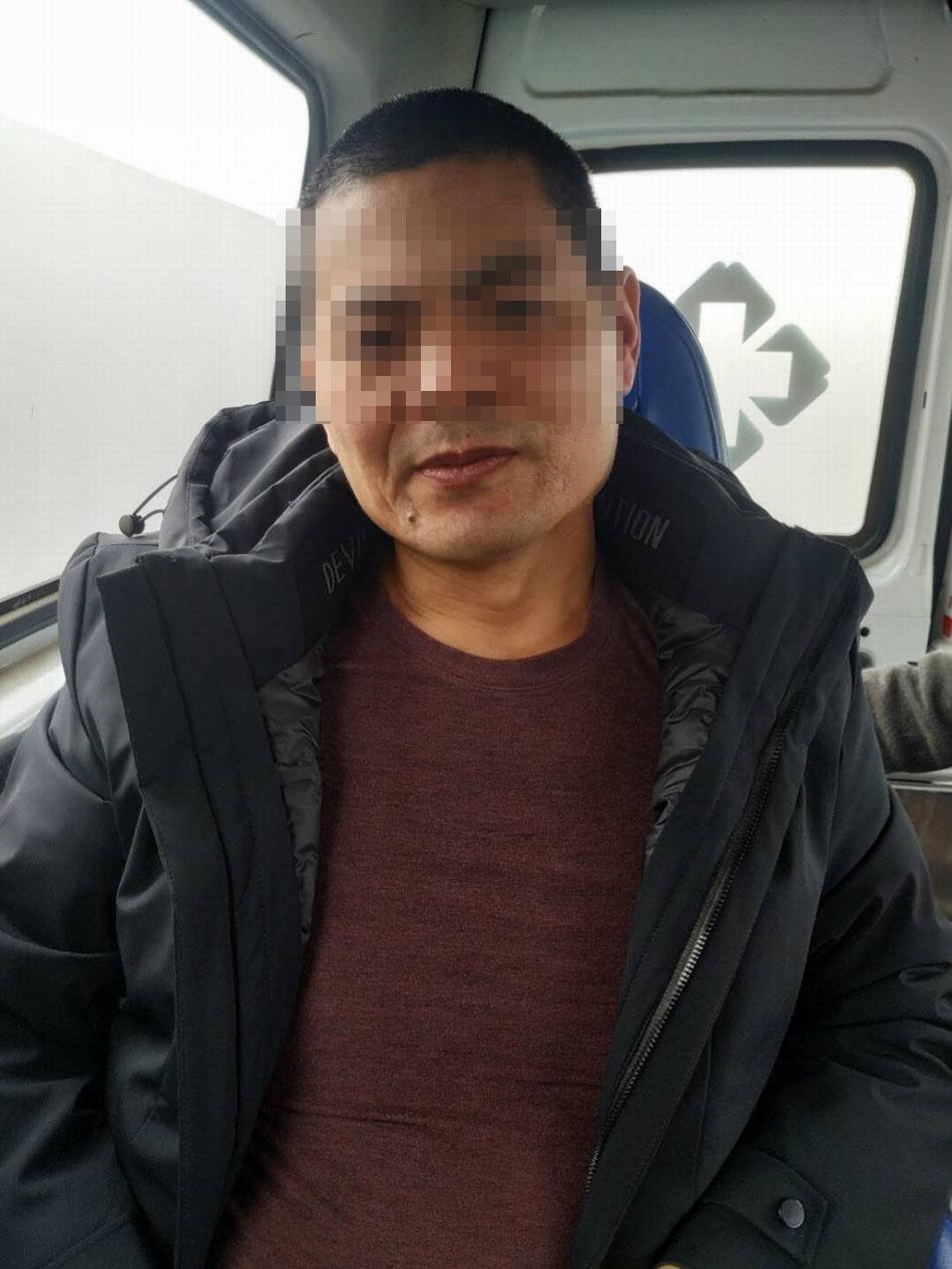 宣判无罪后,被羁押5000天的吴春红理发、回家。 受访者供图