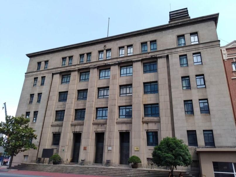 """原日本领事馆""""灰楼""""。 作者 摄"""