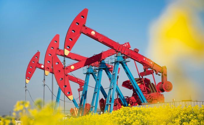 全球油氣行業首個犧牲品!油價暴跌致美國惠廷石油公司破產