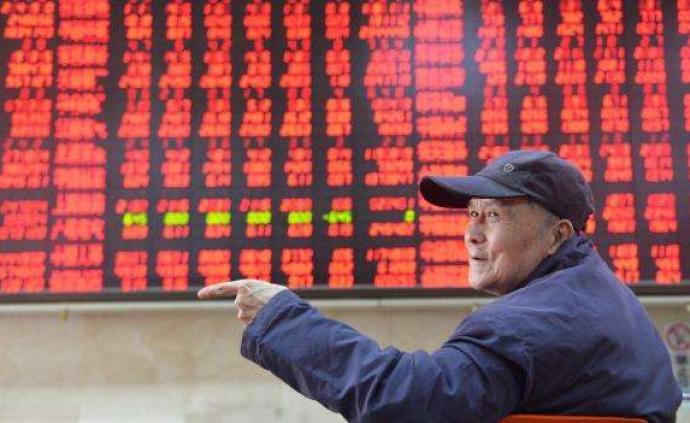 A股市场震荡走高:三大股指涨逾1%,成交不足6000亿元