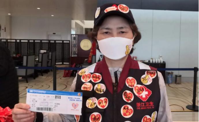"""浙江千余援鄂醫護返回,73歲李蘭娟在機場被大呼""""女神"""""""