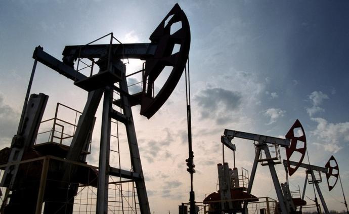 """美媒:需求大减,4月每天六百万桶原油""""无家可归到处游荡"""""""