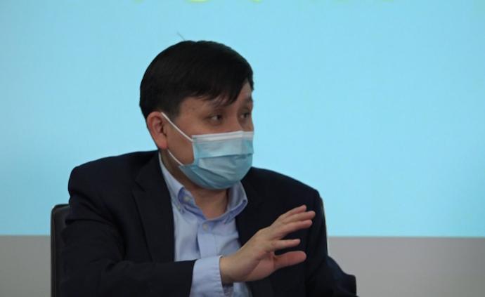 """张文宏:复阳患者到现在无一例人传人,因为病毒是""""死""""的"""