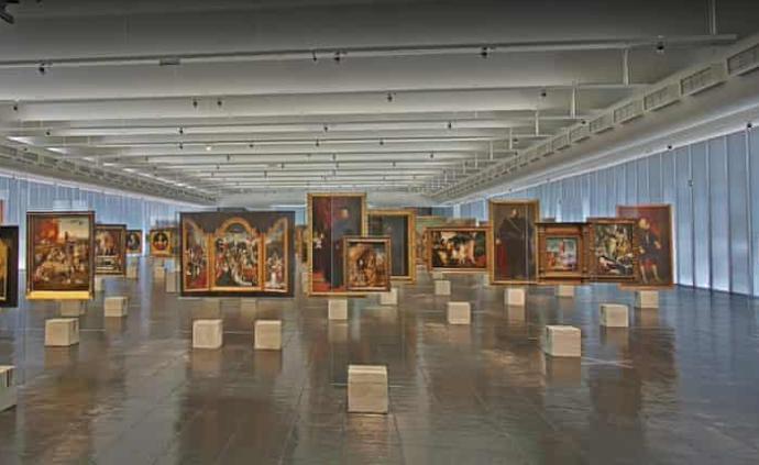 """""""坐在沙發上""""的世界美術館之旅:從倫勃朗看到博伊斯"""
