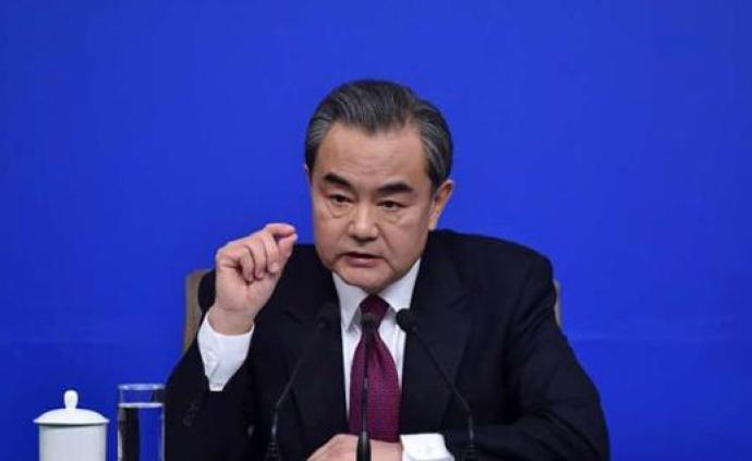 王毅同加拿大外长商鹏飞通电话,加方望推动两国关系重回正轨