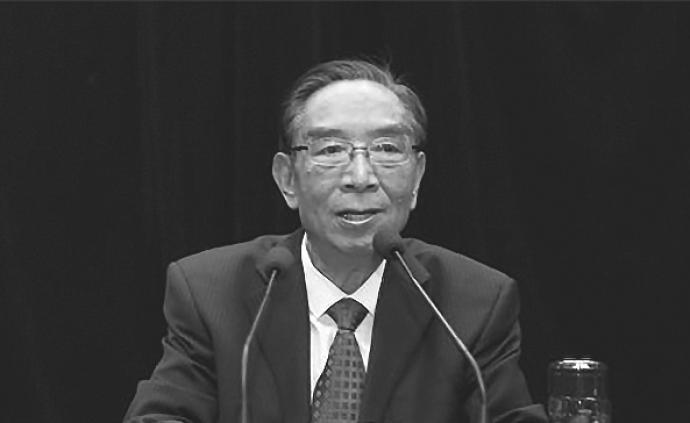 云南省委原副书记、《求是》杂志原总编辑王天玺逝世