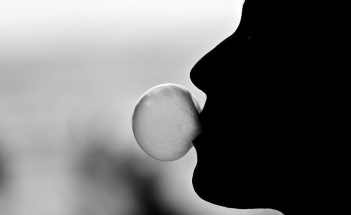 印度哈里亚纳邦禁止出售口香糖,号称预防新冠病毒传播