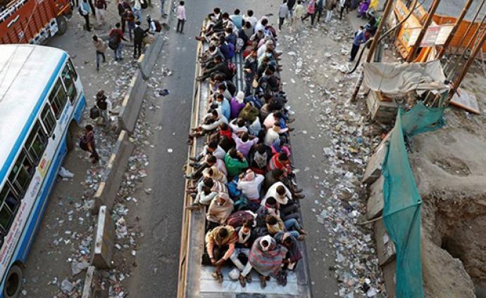 疫论·社会|封城后他们徒步返乡:印度城市化中的破碎之人