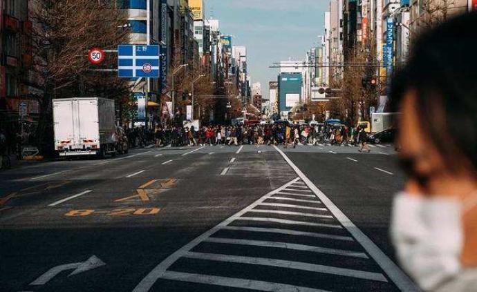 日本東京都首次單日新冠肺炎確診病例超過百人