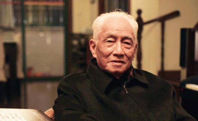 99歲抗戰老兵饒平如去世,曾出版感動無數人的《平如美棠》