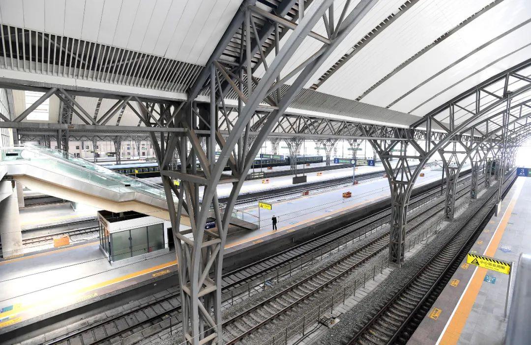 汉口火车站的站台,其各项工作已准备就绪长江日报记者周超 摄