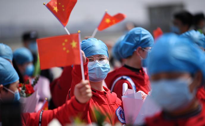 中青報:中國沒有垮掉的一代,只有永不彎曲的青年脊梁