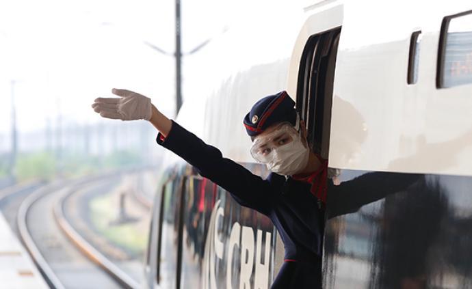 武汉解封首日离汉旅客多前往珠三角,未来三天部分高铁票售罄