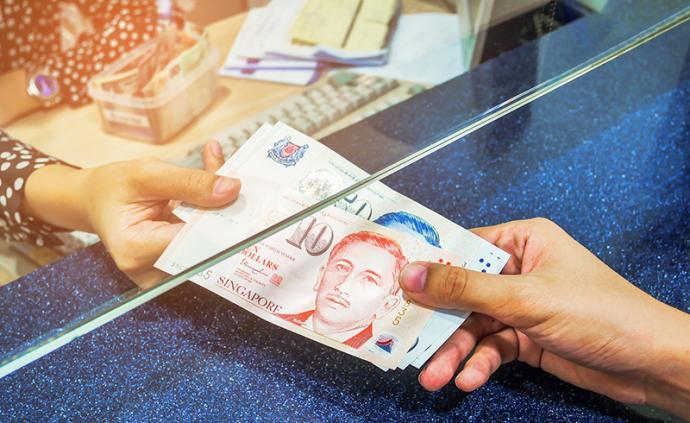 新加坡:所有成年人发600新元,员工4月工资补贴75%