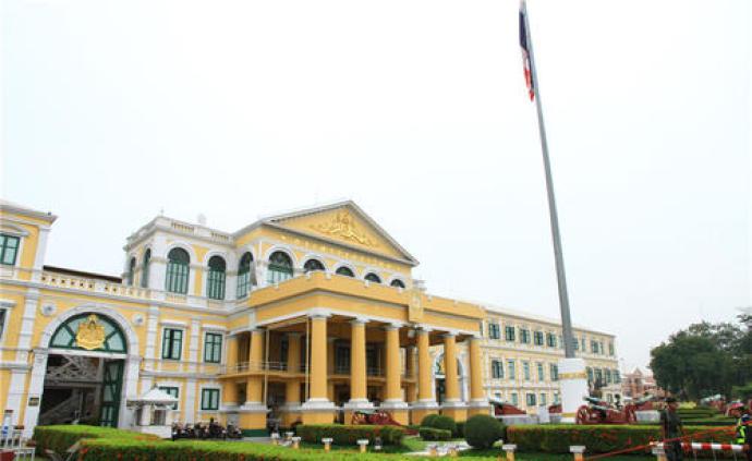 暹羅拾珠|泰國疫情中的軍購風波:尷尬的軍方和焦慮的民眾