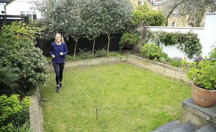 绕着花园跑1555圈!英国女子跑完半马:邻居以为我疯了