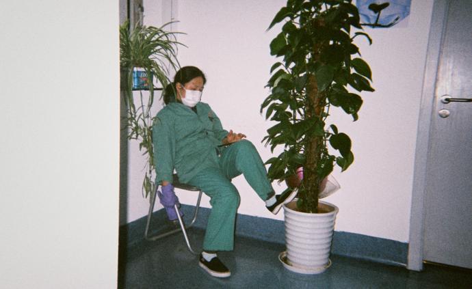 攝影記疫|鄒橋:集體式孑然一身,讓獨處的人失去曖昧的語境